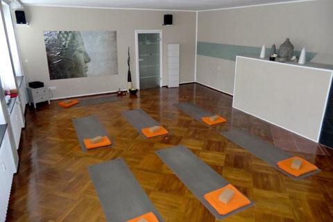 Yogaraum Gestalten barfußtempel in kassel jetzt auch bei daytraining