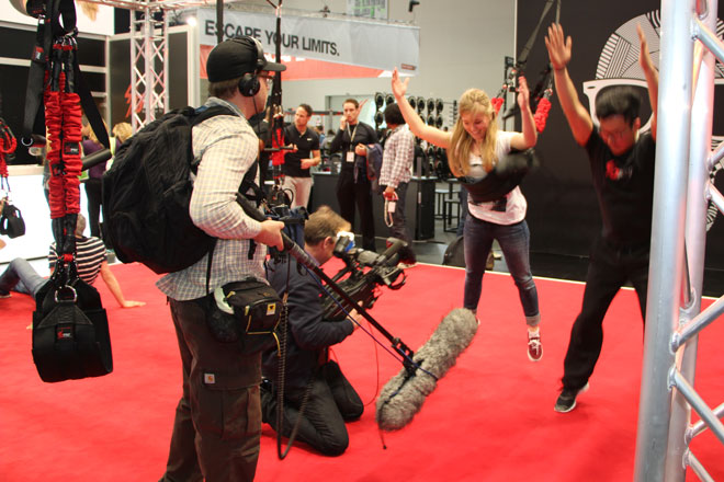 Auch das Fernsehen interessiert sich brennend für die neuesten Trends beim Functional Training.